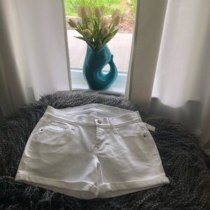 Old Navy Shorts - Old Navy Boyfriend Jean Shorts. Size 2. NWT